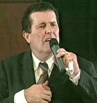 Peter Popoff (b 1946), German American televangelist, and self-proclaimed prophet and faith healer.  Went bankrupt in 1987 after skeptic James Randi exposed him on The Tonight Show Starring Johnny Carson.  Randi used a high-tech computerized scanner to intercept and identify radio transmissions sent by Popoff's wife, Elizabeth, who was backstage reading information to him gathered from before the service and heard by Popoff with an in-ear receiver.
