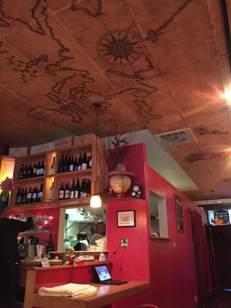 Photo of Etcetera Wine Bar - San Francisco, CA, United States. 天井の絵