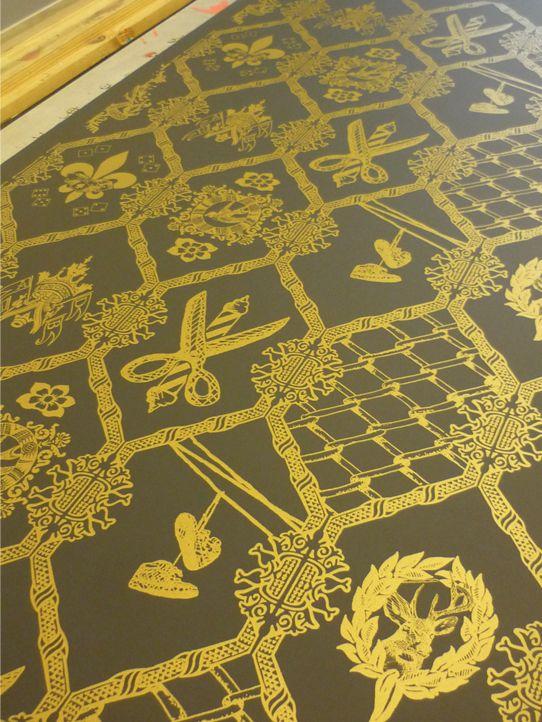 Wallpape I designed for HBAD store Bristol uk Mattmanson.co.uk    #Wallpaper Design, #home ,#Bristol, #Barbersshop, #custom #wallpaper , #Hbad , #FlavorPaper, Mattmanson.co.uk , #freelance, #gold, #goldandblack, #goldwallpaper, #Brooklyn , #NYC , #handprintedwallpaper , #screenprint