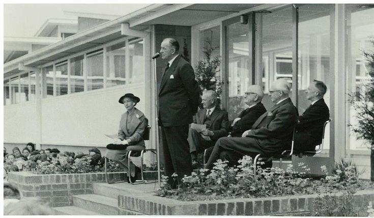 Preston Girls Technical School opening 1958  http://victoriancollections.net.au/items/520b0ec22162ef196064b0b1