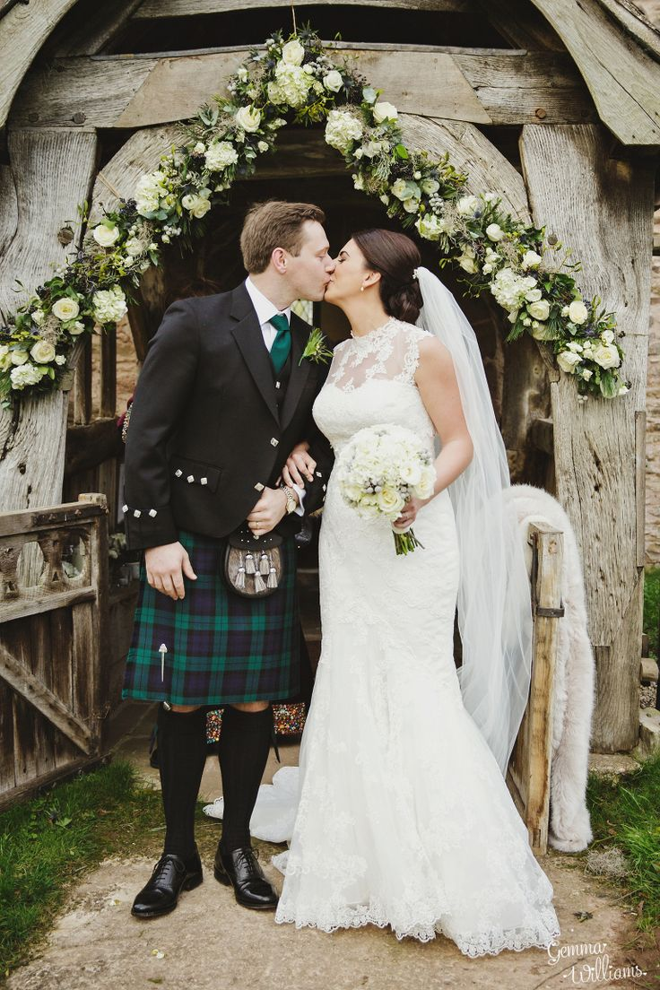 Dewsall Winter Wedding by Gemma Williams Photography www