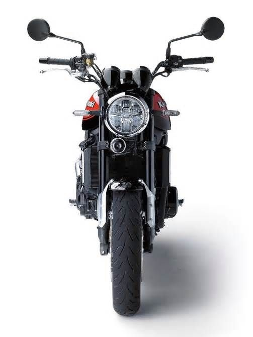 Kawasaki adds a touch of nostalgia to its range with the Z900RS Acting as a tribute to the 1972 Z1 patriarch, it is a meticulously styled modern classic variant of the current Z900 with some targeted mechanical modifications ... of a modern clone of the legendary Z1, a motorcycle that along with Honda's CB ushered ...