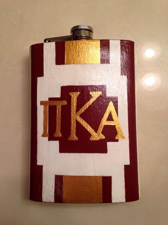 Monogram flask for men gatsby gold