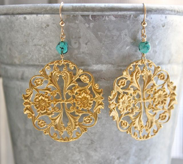 Chandelier earrings. Gold earrings. Drop. Blue jewelry. Turquoise earrings. Turquoise jewelry. Gold turquoise. Filigree. Floral. DAYBREAK by piedrastudio on Etsy