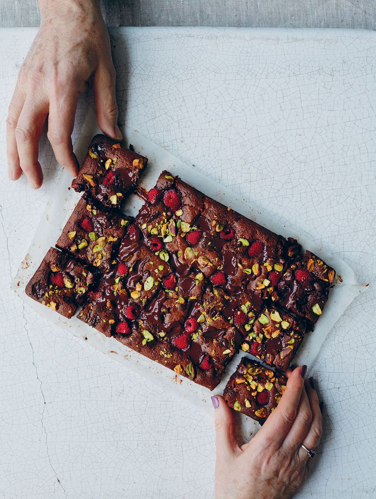 Raspberry and pistachio brownies - gluten free and can be vegan (egg-free option )