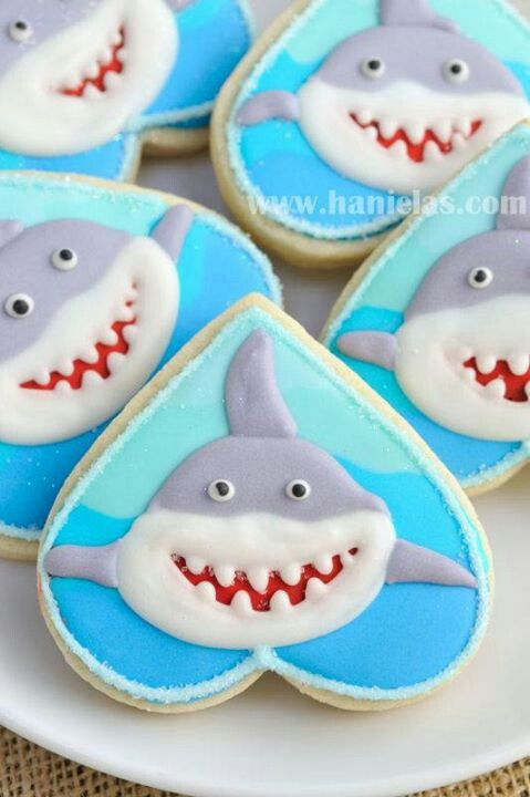 Cute heart shaped #SJSharks cookies to give out to your loved ones.