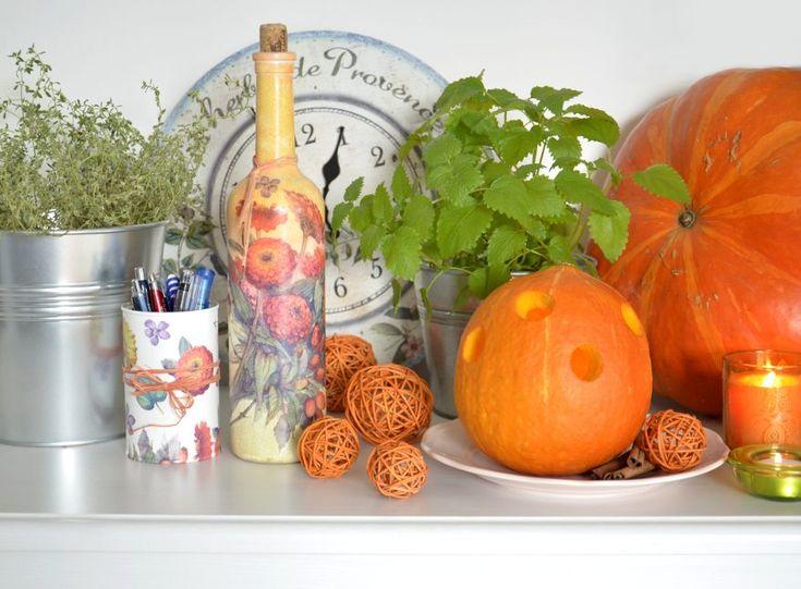Jesienne dekoracje - Latarenka z dyni: http://dailytips.pl/latarenka-z-dyni/ Fall decorating ideas: pumpkin lantern