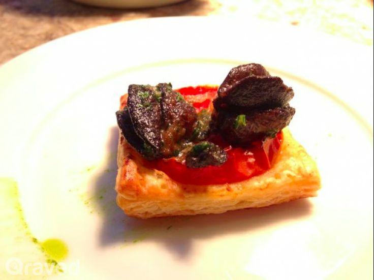 Escargot on Mille Feuille at Auroz