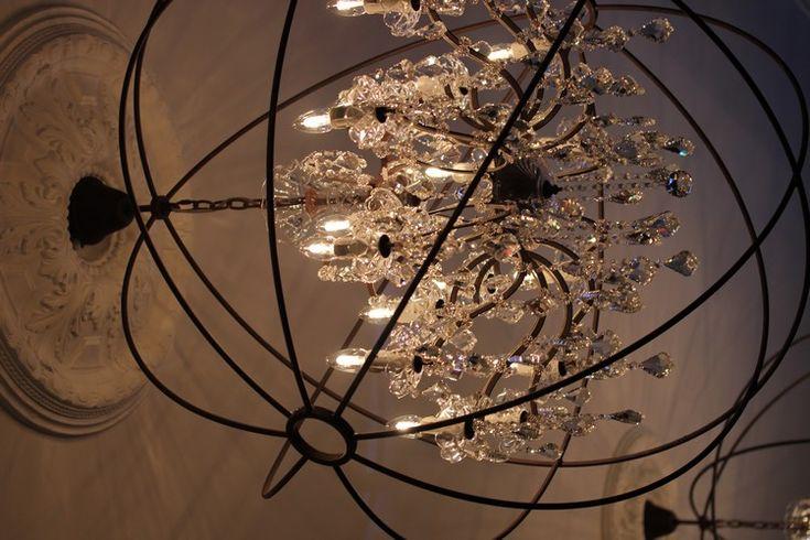 New_hotel_Roblin-Paris-Madeleine-Decoration-Flamant-Boutique_hotel-lustre-pampilles-salon-2