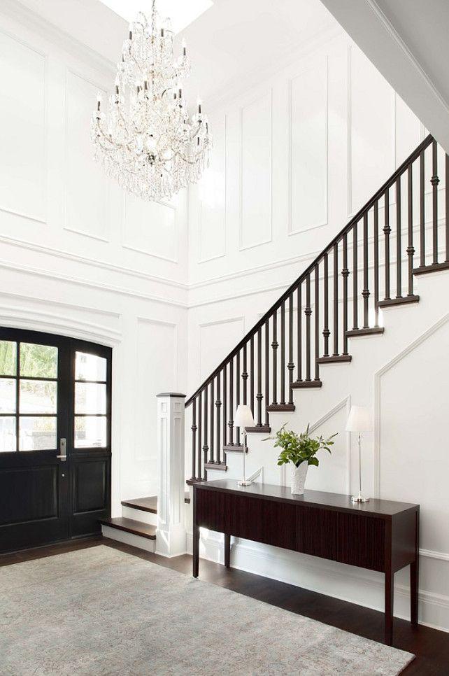SIMPLE ENTRYWAY IDEAS | Interior Design Ideas | bocadolobo.com/ #modernentryway #entrywayideas