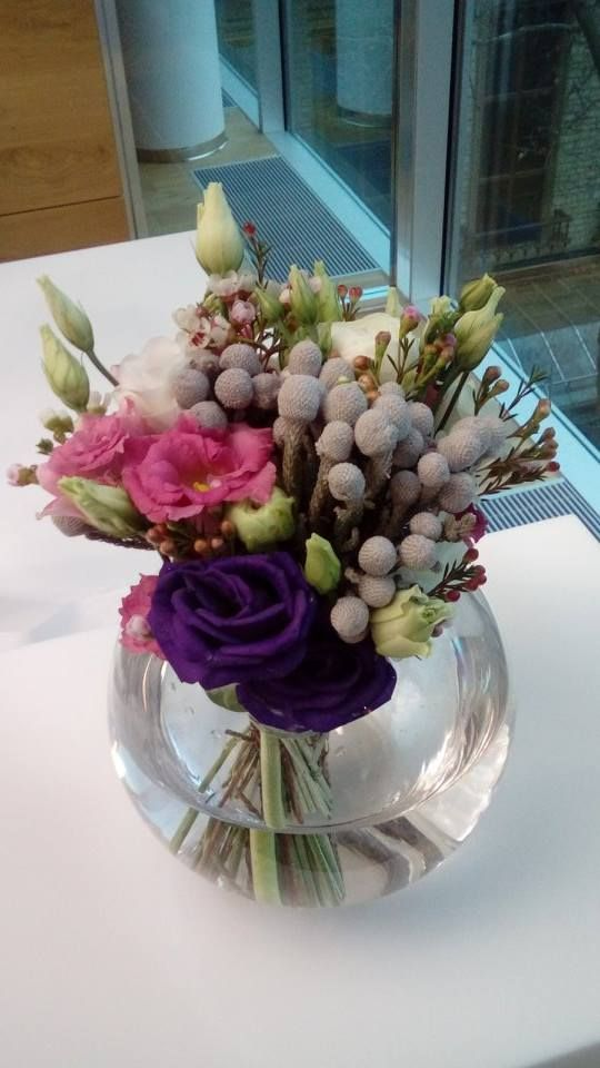 Eustoma / lisianthus and brunia by ROSMARINO