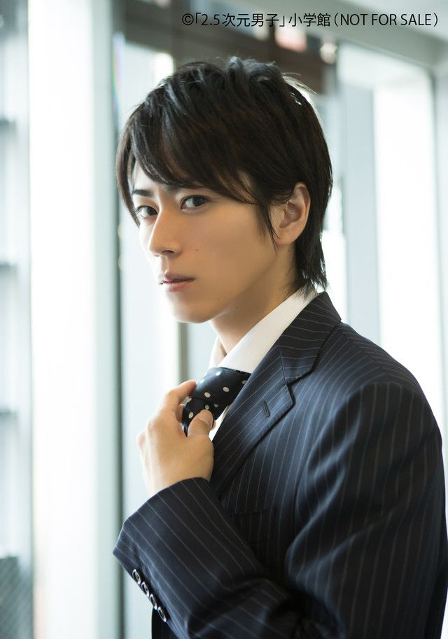 OMFG I'D DO ANYHING TO WORK WITH HIROSE BBY >W<