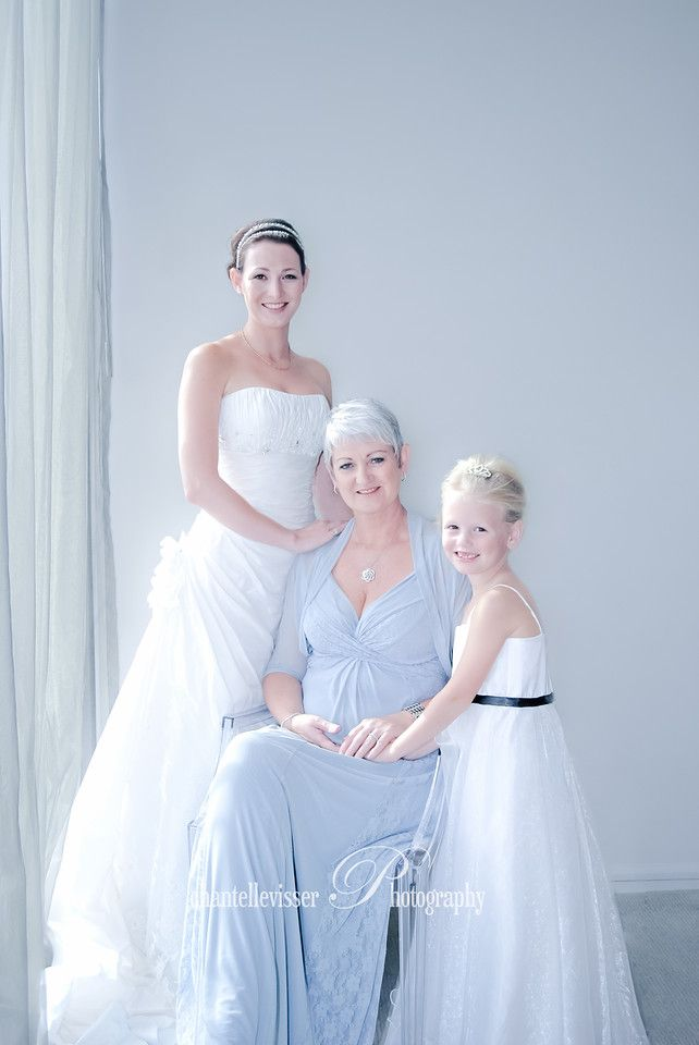 Three Generations of Beautiful women - Mother of the Bride, The Bride and her daughter | Weddings - Chantelle Visser Photography