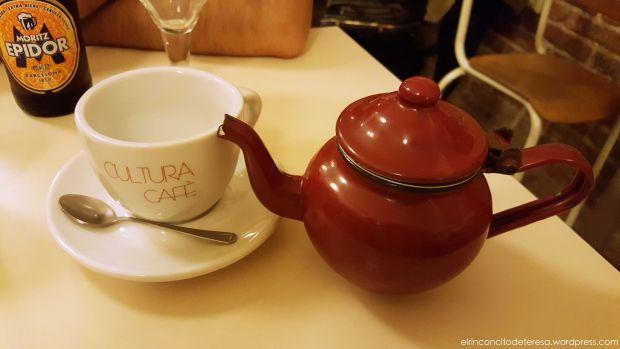 Babèlia Books & Coffee. Una cafeteria acogedora y deliciosa en Barcelona.