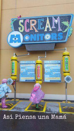 ¿Quien grita más fuerte? Disneyland paris en invierno. Viajes con niños. Travelling with kids