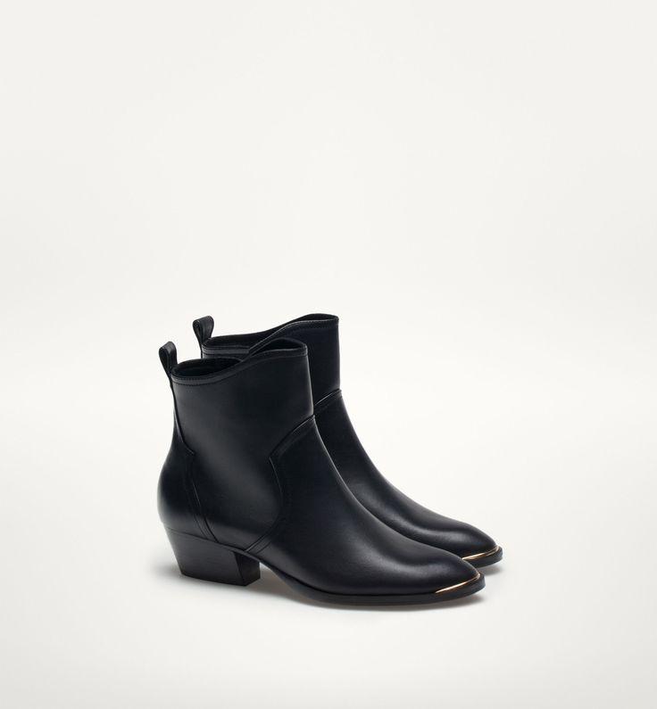 Modne buty z sieciówek - trendy jesień-zima 2015/2016, Massimo Dutti, 619zł, fot. mat. prasowe