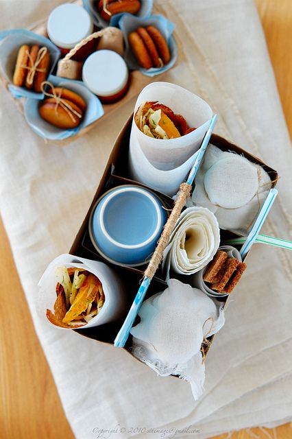 Nice Picnic Set for the guests if they leave early and didn't have time for breakfast