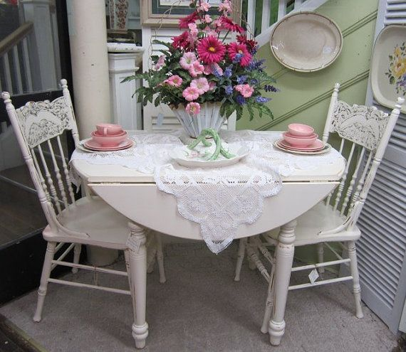 Shabby Chic Kitchen Table: Vintage Shabby Chic Round Kitchen Table Drop Leaf Hand