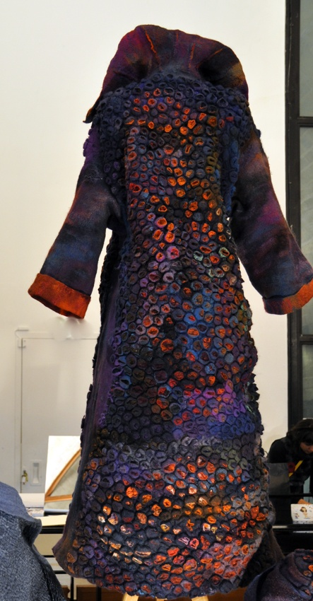 Nuno Felted Coat by Françoise Christien, this coat reminds me of Gustav Klimt's paintings, I can imagine Emilie Flöge wearing this.