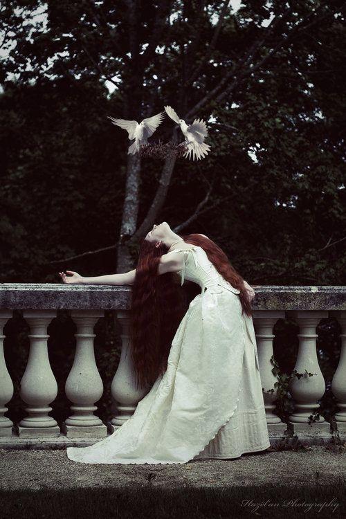 Modern Fairytale | Cinderella | linxy-zn: Queen. by ~HazelanPhotography