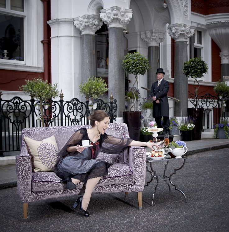 St. James' Hotel and Club in London, UK is offering a very special Afternoon Tea in their Michelin-starred restaurant by Chef William Drabble.  Followed by an exclusive visit to the estate rooms of Buckingham Palace with fast track tickets.  http://www.slh.com/hotels/st-james-hotel-and-club/