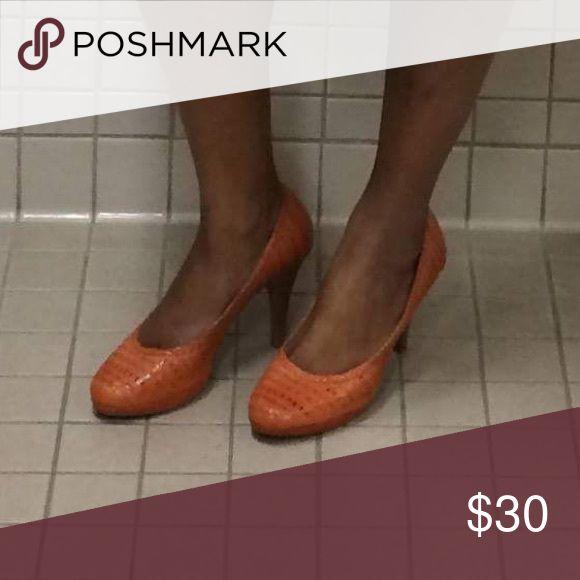 Andrew Geller Orange Pumps Size 9 Women's Andrew Geller Orange Pumps Size 9 Worn Twice, Box Available, Purchased at DSW Andrew Geller Shoes Heels