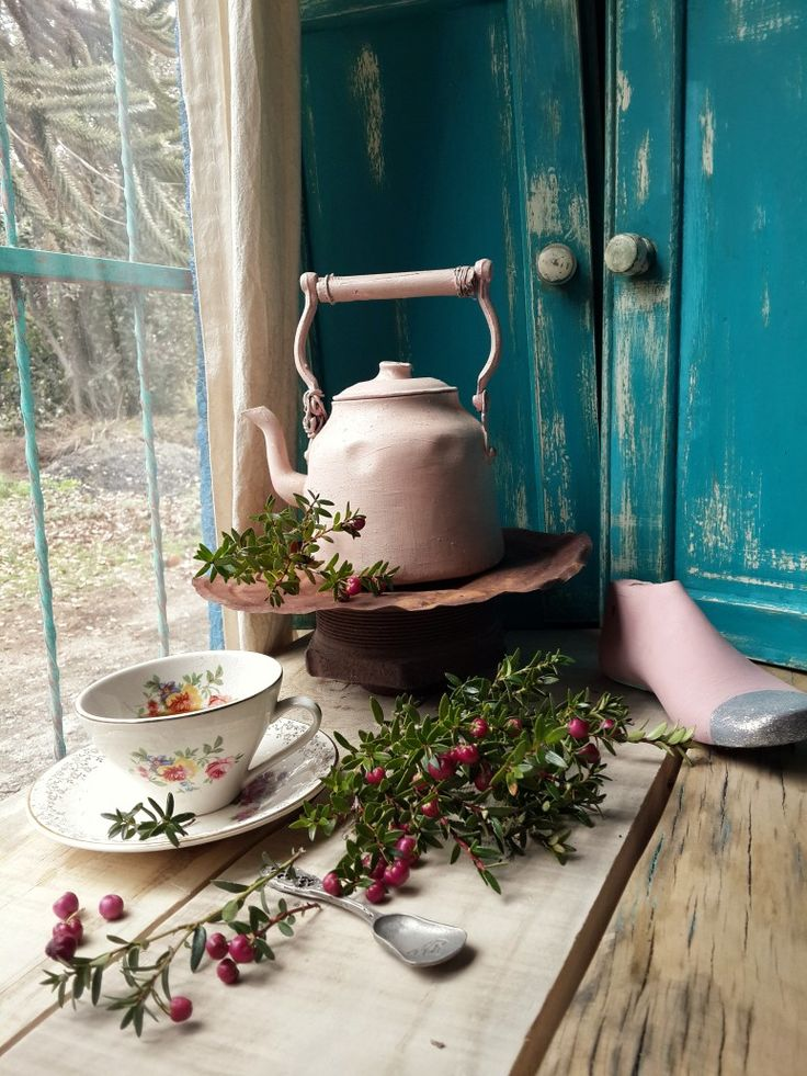 How To Make Tea, Hello Everyone, Kettle, Shabby Chic, Instagram, Antiques, Image, Coffee, Small House Interior Design