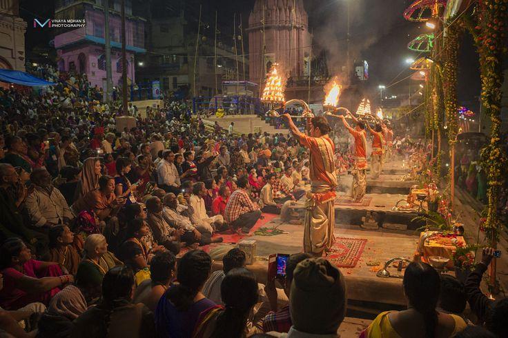 Ganga Aarthi by Vinaya Mohan on 500px