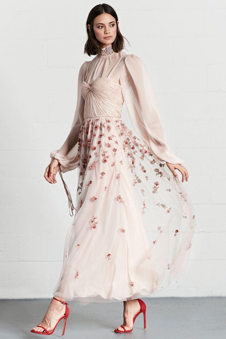 best 25 romantic style fashion ideas on pinterest