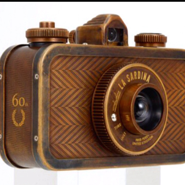 La Sardina from Lomography limited edition by Fred Perry.