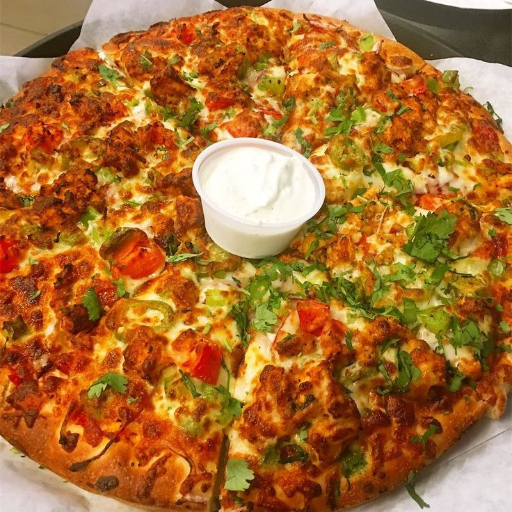 Can Am Pizza   Pizza with Indian spices and ton of flavor!  Recommended: Karahi Paneer ! #ruchyum #ruchyumrest #pizza #seattle #washington #restaurants #foodie