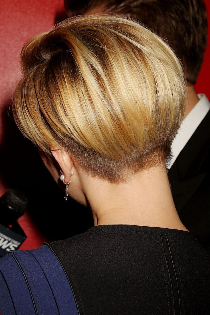 Scarlett Johansson, con su corte de pelo corto de inspiración masculina.