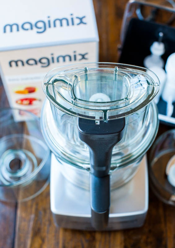 Magimix by Robot-Coupe Food Processor & Juice Extractor Giveaway - Contest ends July 19th 2012