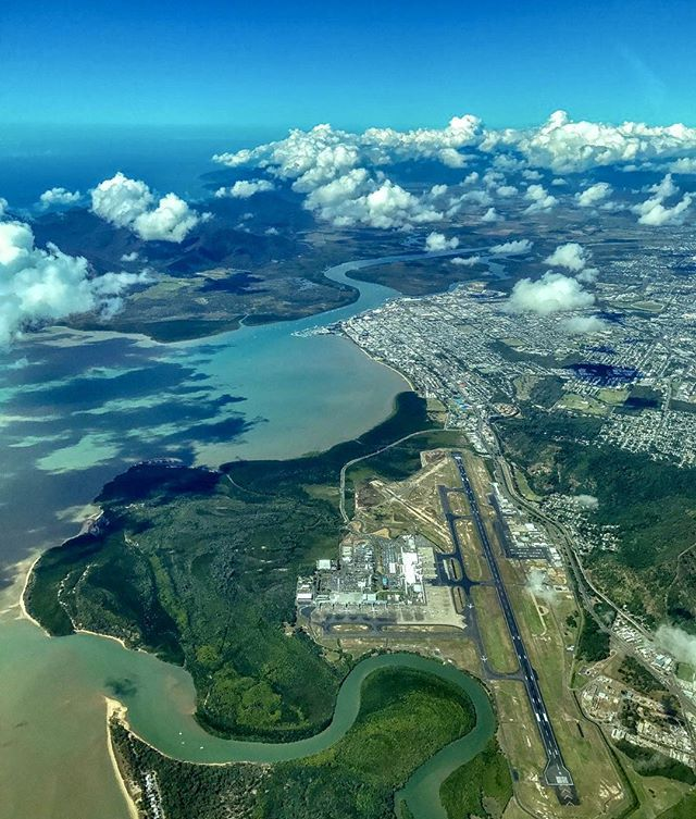 Wow Hows This For A Birds Eye View Trippa Snippa13 Cairnsairport Avgeek Visitcairns Cairns Airport Birds Eye View Aerial Photo