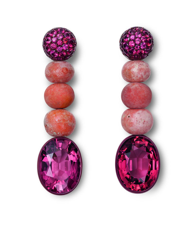 Hemmerle earrings with tourmalines, corals, and sapphires set in copper and white gold Photo courtesy of Hemmerle