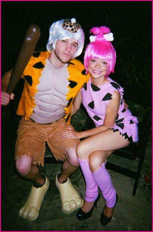 sarah hyland and matt prokop. Flintstones costumes love ittt
