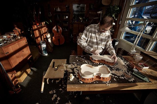 17 Best images about LUTHIER WORKSHOP on Pinterest | Shops ...