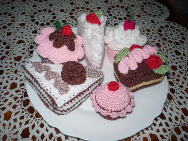 mé tvoření-dortíky