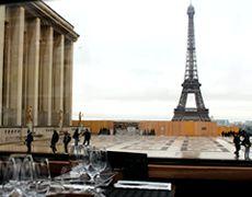 パリ観光,パリ観光バスツアー,おすすめパリ観光バスツアー,パリ観光レストラン,パリのレストラン,エッフェル塔