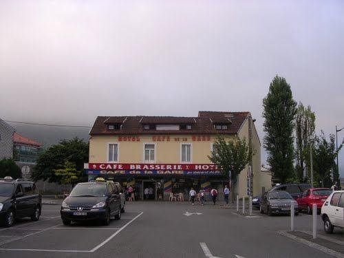 Lourdes - Hôtel Café de la Gare**    - Marinella Rusmini