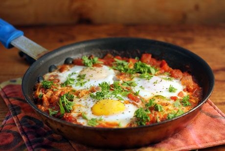 Shakshuka: eggs in fiery tomato sauce {vegetarian, gluten-free} {The Perfect Pantry} Damn almighty, this looks good!