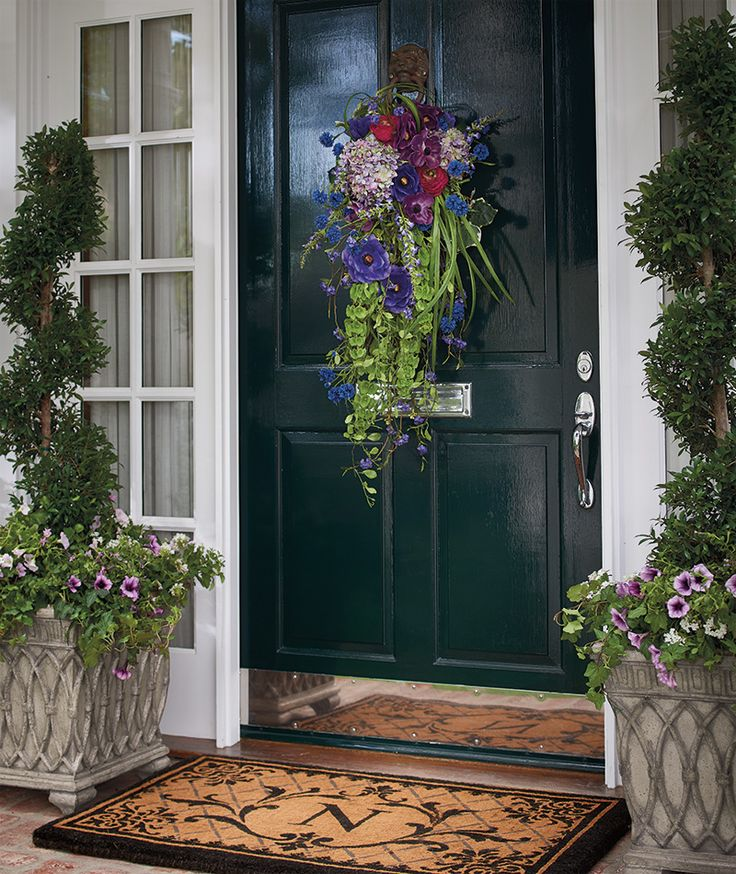Front Gate Home Decor: Hello, Spring! Greet It With A Gorgeous Wreath