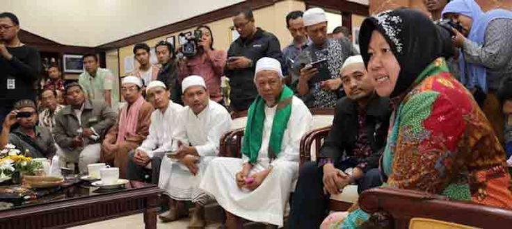 Najwa Shihab Sampai Bengong Mendengar Jawaban Risma