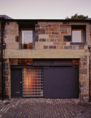 Richard Murphy Architects: 17 Royal Terrace Mews, Edinburgh