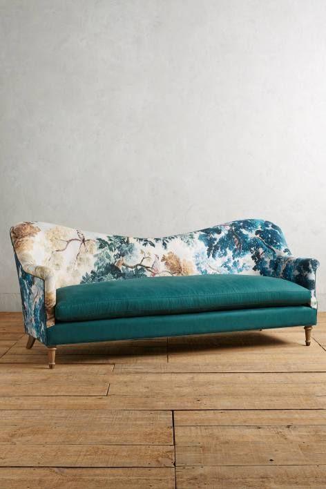 Pied-A-Terre Sofa, Judarn