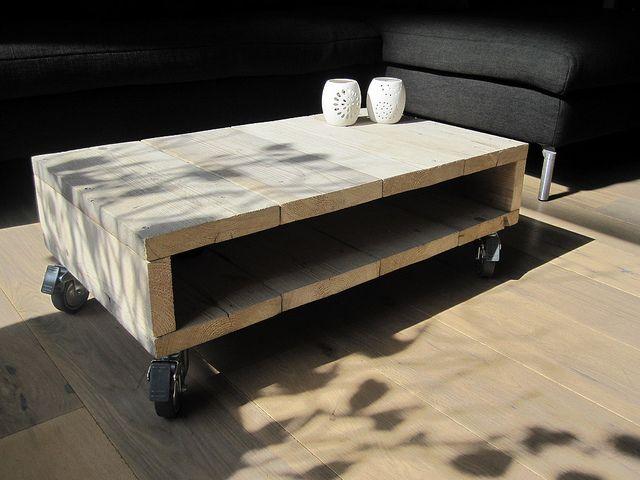 Salontafel van steigerhout op zwenkwielen van Jeroen Hoogeveen http://www.facebook.com/w00tdesign