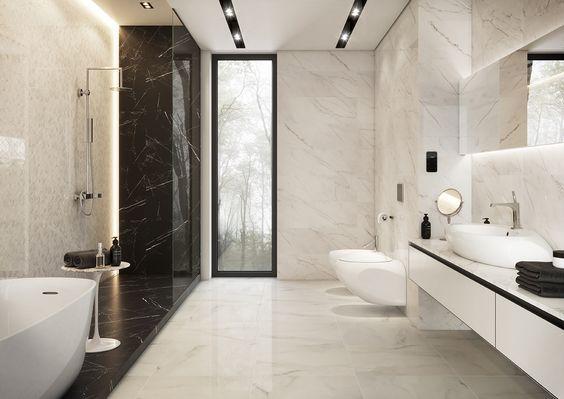 Płytki imitujące czarny i biały marmur w łazience