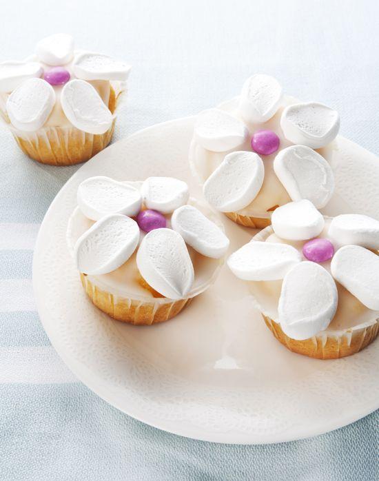 Traktatie: Bloemenmuffins - simpel koken, traktatietips   Flair at Home