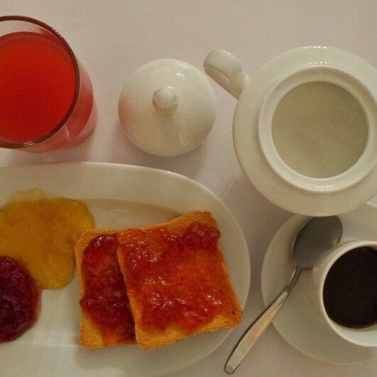 #breakfast #bedandbreakfast #ItalianStyle photo @IlariaCeriani