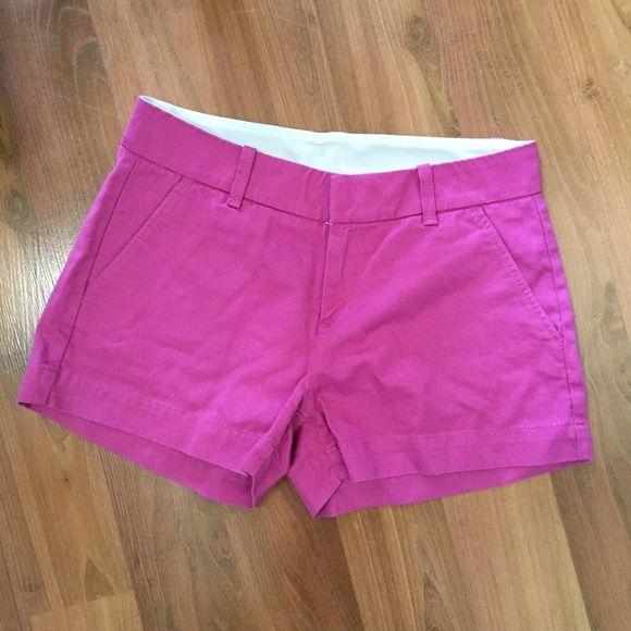 Uniqlo Shorts size 0 Size 0 magenta shorts from Uniqlo. UNIQLO Shorts